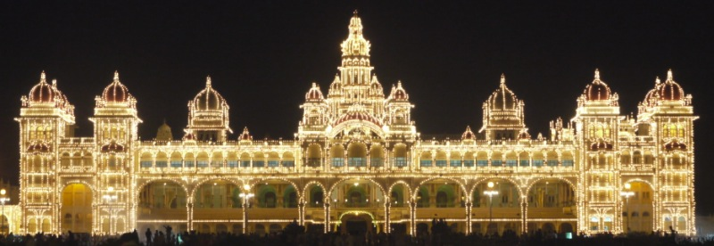 Maharaja palace of Mysore at night