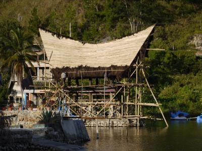 Batak buildings at Danau Toba's harbor