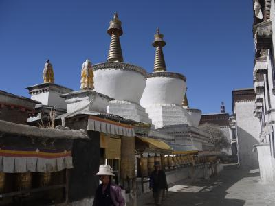 Memorial stupas with prayer wheels at Shigatse monastery, Tibet