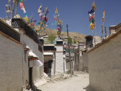 Old town of Shigatse near the monastery
