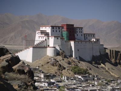 Old governor's palace at Shigatse