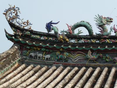 Pagoda roof ornaments in Hoi An